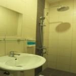 Standing-Shower Orange hotel